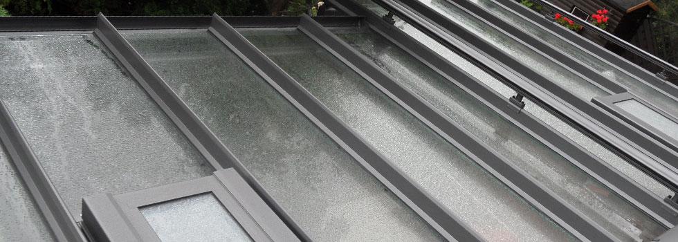 Terrassendach mit Stahl- und Glaskonstruktion