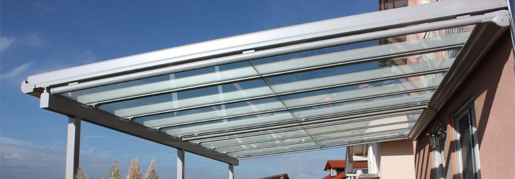 Terrassenüberdachung mit Glasdach von dem Hersteller Erhardt-Markisen